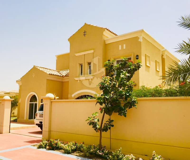 2 6 br villa with with ext 1br and huge garden in warqaa FOR 180 k
