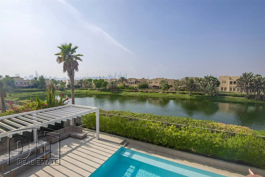 2 Stunning Upgraded Lake View 5 bed