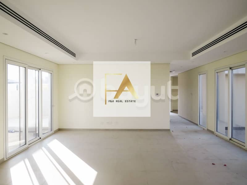 2 Brand New| Upgraded Luxurious 5BR Villa| Al Narjis