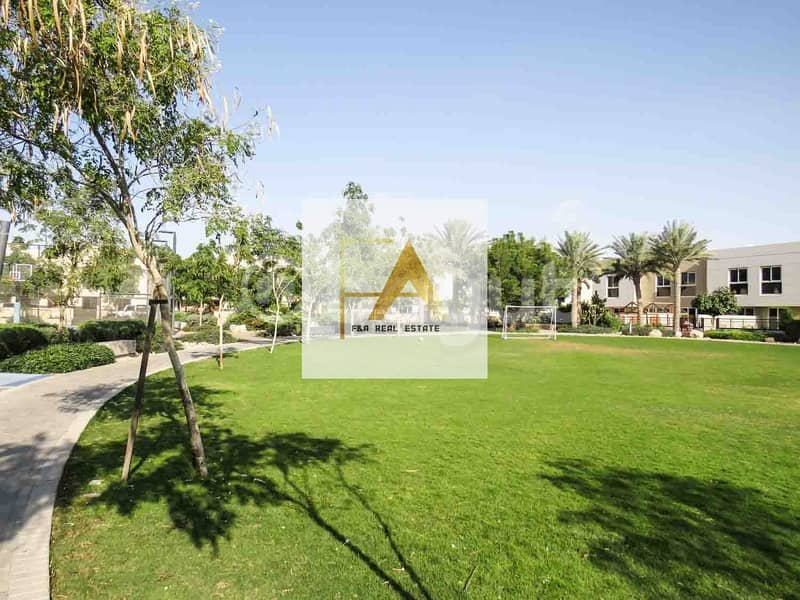 25 Brand New| Upgraded Luxurious 5BR Villa| Al Narjis