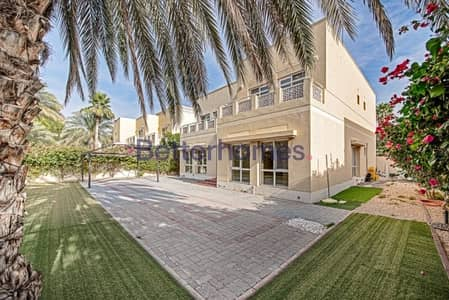5 Bedroom Villa for Sale in The Meadows, Dubai - Type 7|Park & Pool Facing| Vacant on Transfer