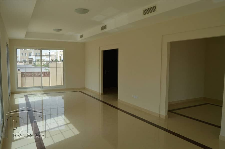 2 Do Not Miss-Great Priced Vacant 3 Bed