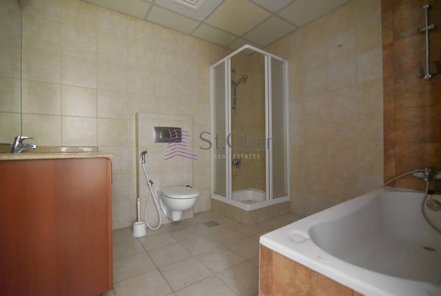 11 Investor Deal Spacious 1BR on Low Floor