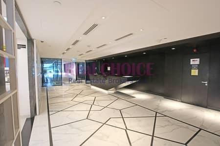 مکتب  للايجار في شارع الشيخ زايد، دبي - Ample-Sized Commercial Space | Quarterly Installments