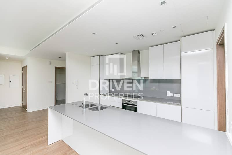 2 Large and Bright 1 Bed in Quiet Location