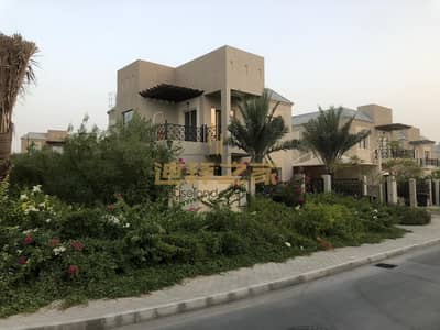 4 Bedroom Villa for Sale in Dubailand, Dubai - spacious ready to move 5bedrm with maids landscape
