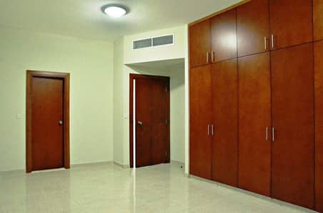 3 Bedroom Apartment for Rent in Bur Dubai, Dubai - 3 BHK with maids room with all  facilities For Rent  in Mankhool