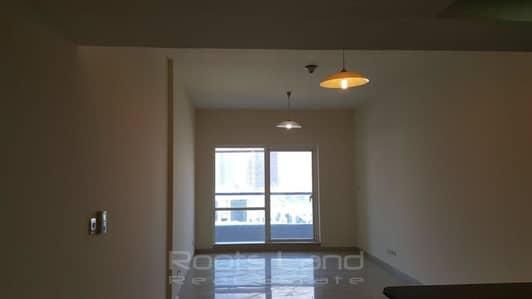 فلیٹ 1 غرفة نوم للبيع في أبراج بحيرات الجميرا، دبي - Well Maintained Spacious Apartment
