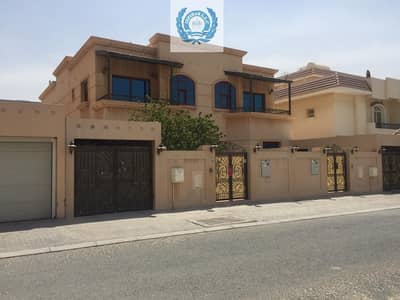 4 Bedroom Villa for Rent in Al Falaj, Sharjah - Lavish Four Bedroom villa