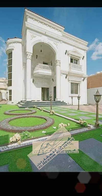 Distinctive villa with a personal design - Freehold villa in a privileged location in Al Rawda 2, close to a 5,000 square foot Jar Street