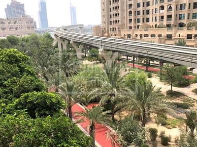 شقة 2 غرفة نوم للايجار في نخلة جميرا، دبي - Largest  2 BR Apt Type F Mid  Floor in Shoreline