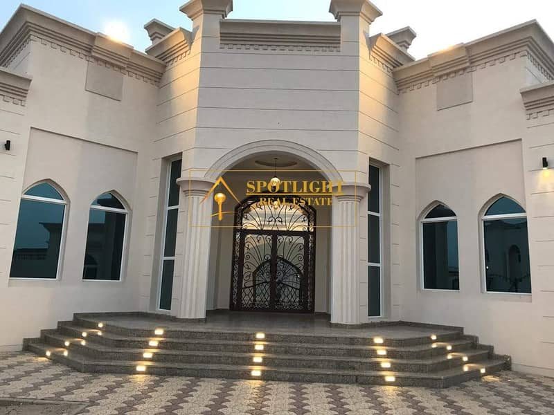 1 Beautiful 5 Bed Room Villa For Rent Al khawaneej 2