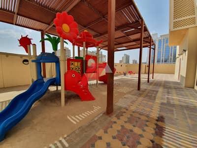 شقة 3 غرف نوم للايجار في بر دبي، دبي - LUXURY 3BHK APARTMENT WITH MAIDS ROOM   KIDS PLAY AREA