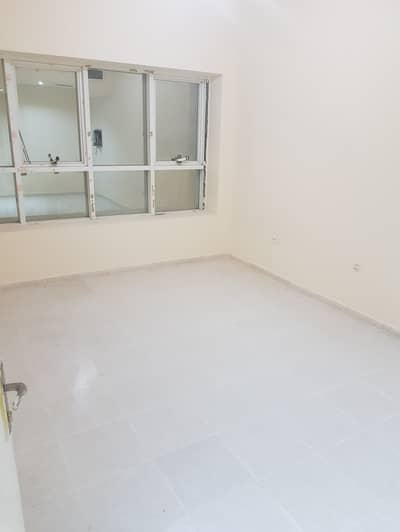HOT DEAL !!! 2  BHK FOR SALE IN C4 LAKE TOWER CITY  IN  240  K NET TO OWNER WITH FEWA