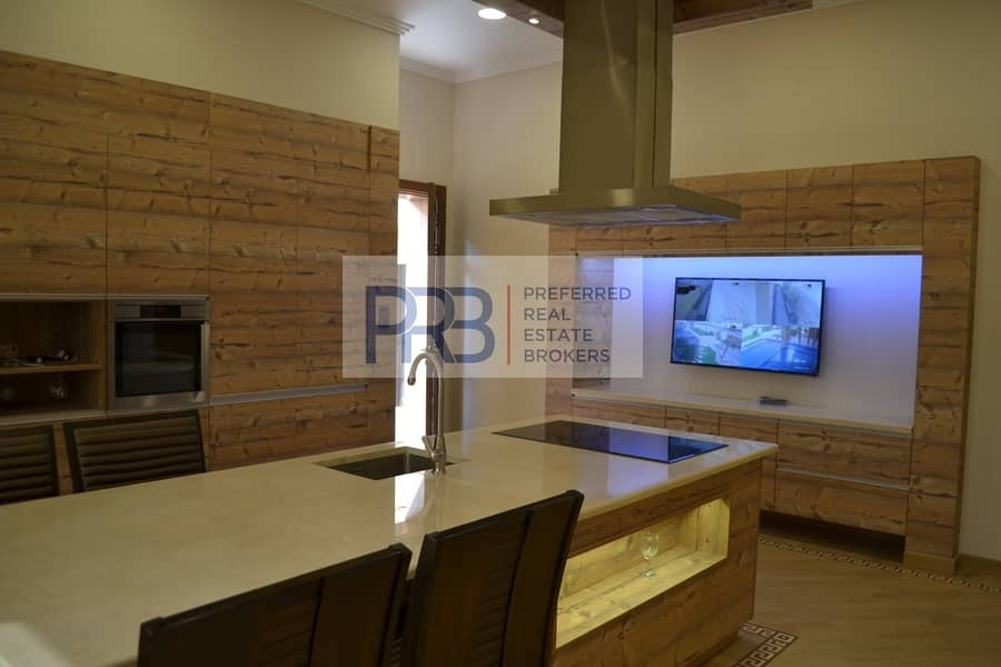 2 Luxury Brand New 5 Br / AL Barsha 3 For Salle
