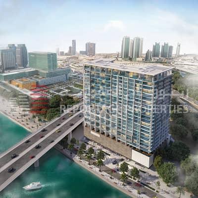 """شقة 3 غرف نوم للبيع في جزيرة المارية، أبوظبي - شقة دوبلكس خلابة بتصميم """"اللوفت"""" مع إطلالة رائعة على قناة المياه"""