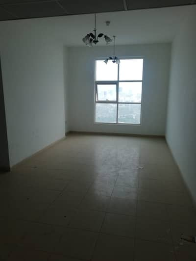 2 Bedroom Apartment for Rent in Marmooka City, Ajman - MAGNIFICIENT 2 BHK APARTMENT WITH FREE AC AVAILABLE FOR RENT IN CITY TOWER-AJMAN WITH PALACE VIEW