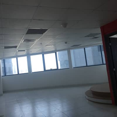 Office for Rent in Ajman Downtown, Ajman - SPACIOUS OFFICE FOR RENT IN A COMMERCIAL TOWER