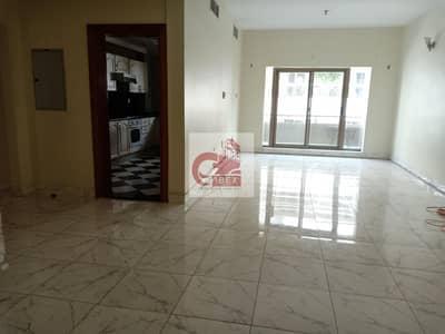 شقة 3 غرف نوم للايجار في بر دبي، دبي - Spacious 3BH With Balcony Wardrobe Fully Sunny Apartment Parking Free Near Burjmaan Metro