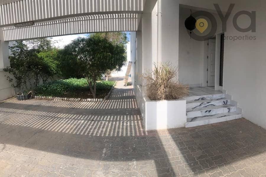 17 Gated Compound | 4 BR + M Villa