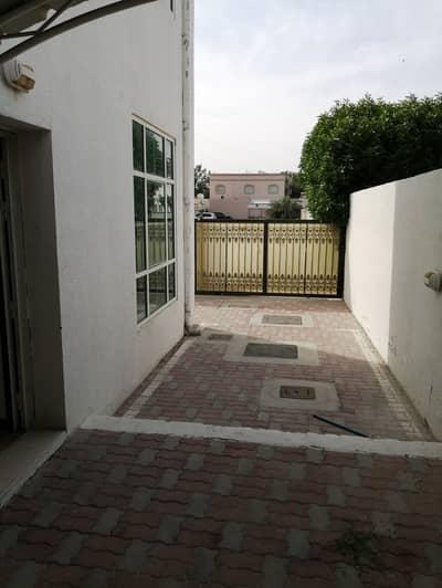 فيلا مجمع سكني 4 غرف نوم للايجار في مردف، دبي - فيلا مجمع سكني في مردف 4 غرف 85000 درهم - 4519201