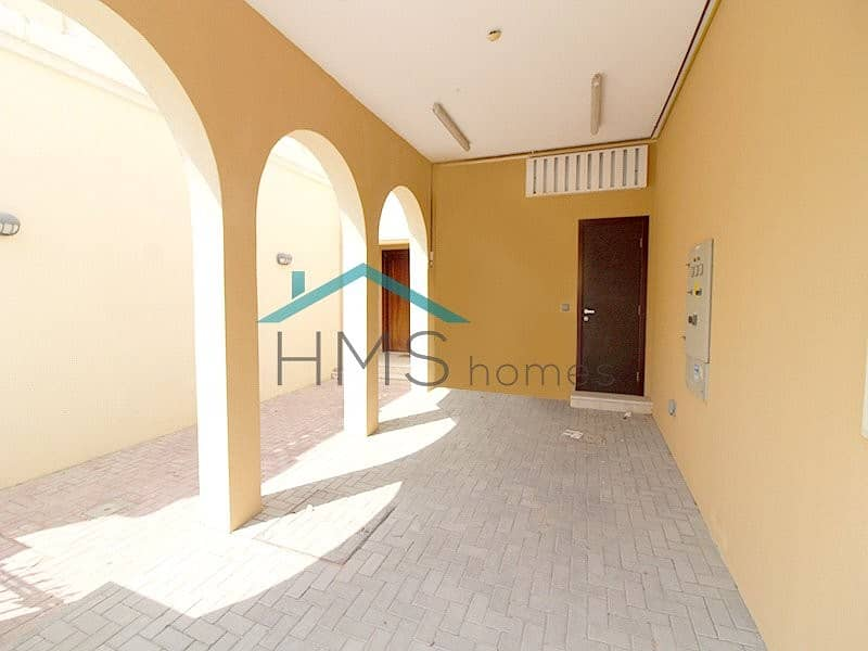 11 Gorgeous 1Bed Townhouse Vacant NOW