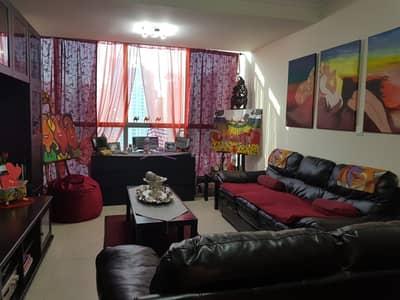 شقة 2 غرفة نوم للبيع في أبراج بحيرات الجميرا، دبي - Investors deal