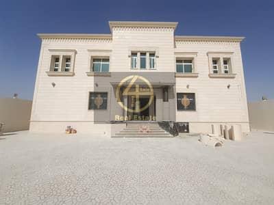 11 Bedroom Villa for Rent in Al Shamkha South, Abu Dhabi - Glorious Standing Alone Villa   12 Bedroom