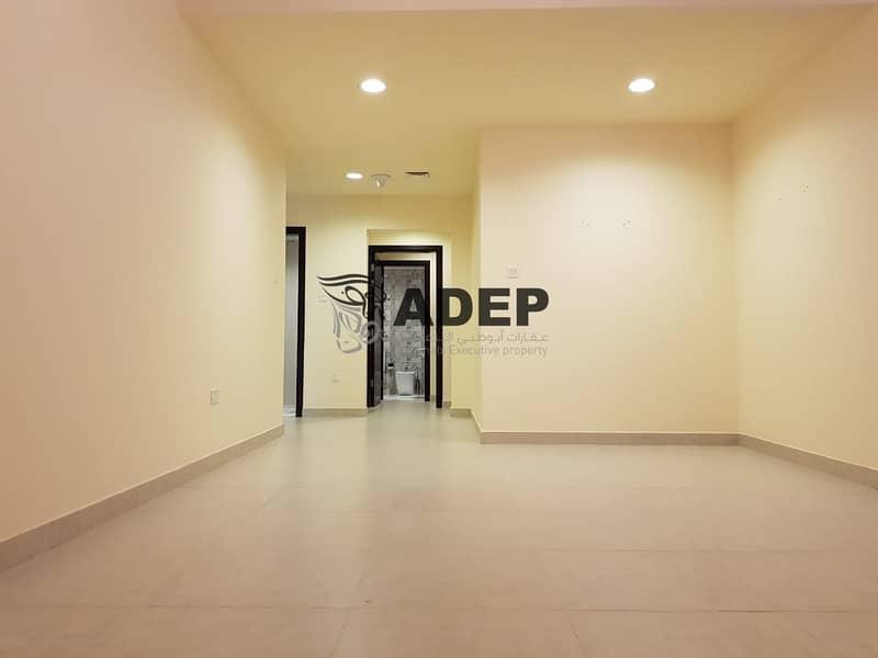 شقة في شارع الاستقلال الخالدية 2 غرف 80000 درهم - 4520186