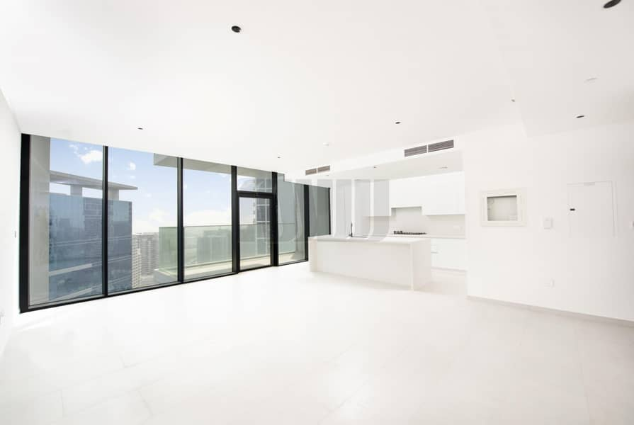 Luxuriously Finished Unit   Amazing City & Canal  View