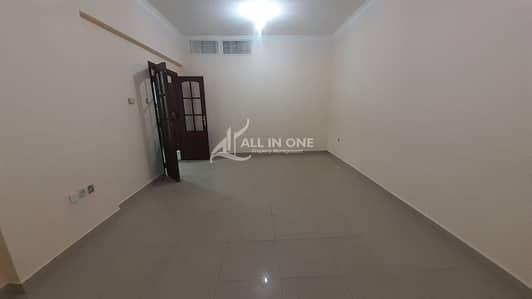 فلیٹ 2 غرفة نوم للايجار في شارع إلكترا، أبوظبي - Only One Unit Available 2BR! Near Everywhere in Superb Location!