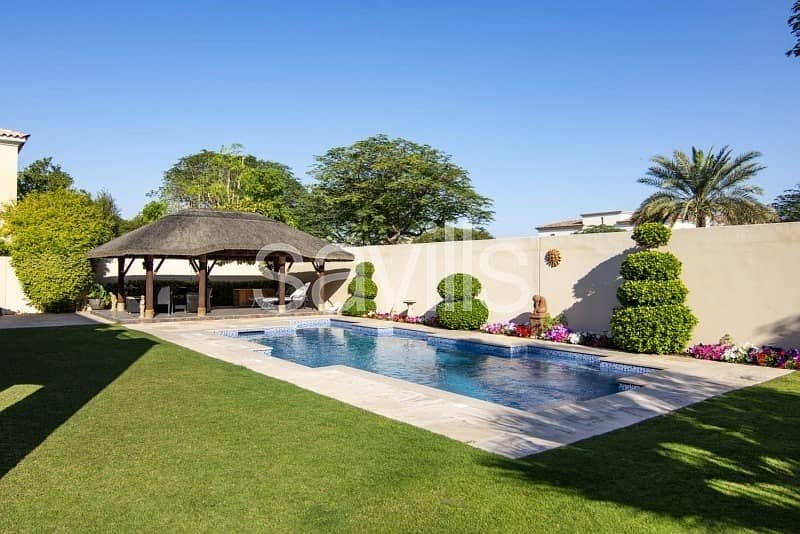 26 Upgraded 4 BR Villa   Landscaped Garden with Pool