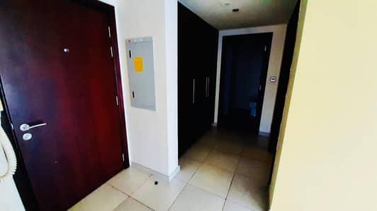 فلیٹ 1 غرفة نوم للايجار في أبراج بحيرات الجميرا، دبي - 1