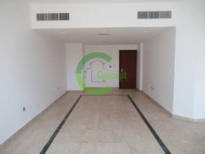 فیلا 5 غرف نوم للايجار في الخالدية، أبوظبي - Spacious and well maintained villa  Vacant