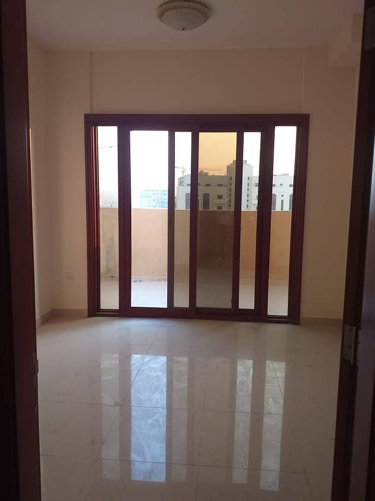 2 BRAND NEW 2 BHK WITH BALCONY FOR RENT IN PHASE 2