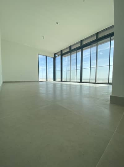 2 Bedroom Apartment for Rent in Saadiyat Island, Abu Dhabi - No commission. . . New 2 Bedrooms Apartment.  Directly from the owner.