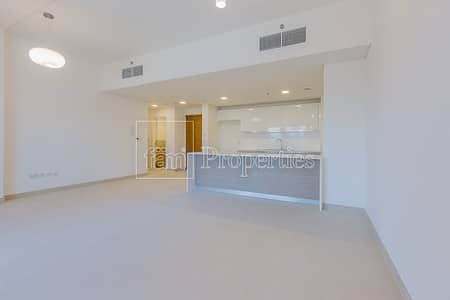 2 Bedroom Flat for Rent in Jumeirah Golf Estate, Dubai - Large 2BR Apartment with Balcony for Rent!