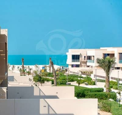 Fabulous 5 Master Bedroom Villa for Sale in Hidd Al Saadiyat