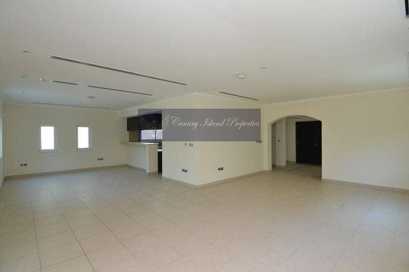 2 Three Bed + Maid's Villa in Jumeirah Park