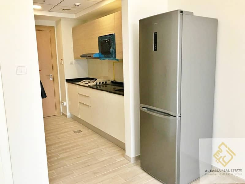 2 Exclusive   Rented   Kitchen equipped