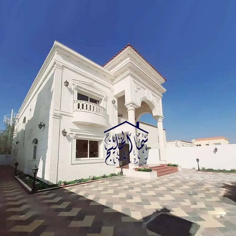 فيلا حجر سوبر ديلوكس مواجهة للبيع بالقرب من أكاديمية عجمان