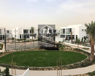 تاون هاوس 4 غرف نوم للايجار في مدن، دبي - NEXT TO POOL AND PARK | BRIGHT VILLA