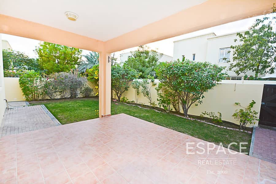 2 Corner Plot | Close to Park and Pool | Well Kept