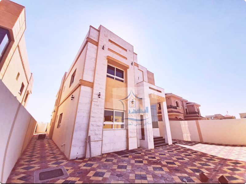 Villa for a mosque with a distinctive price, sophisticated design directly from the owner