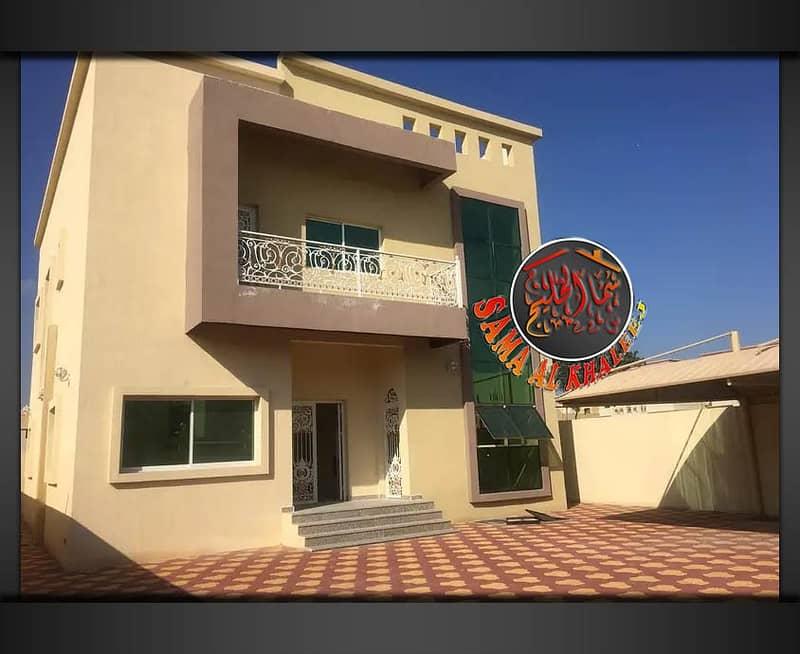 Villa 5000 feet - 5 master bedrooms - freehold