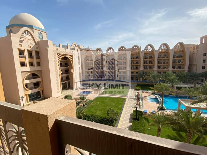 Palm Jumeirah Living - 1BR Affordable Rent