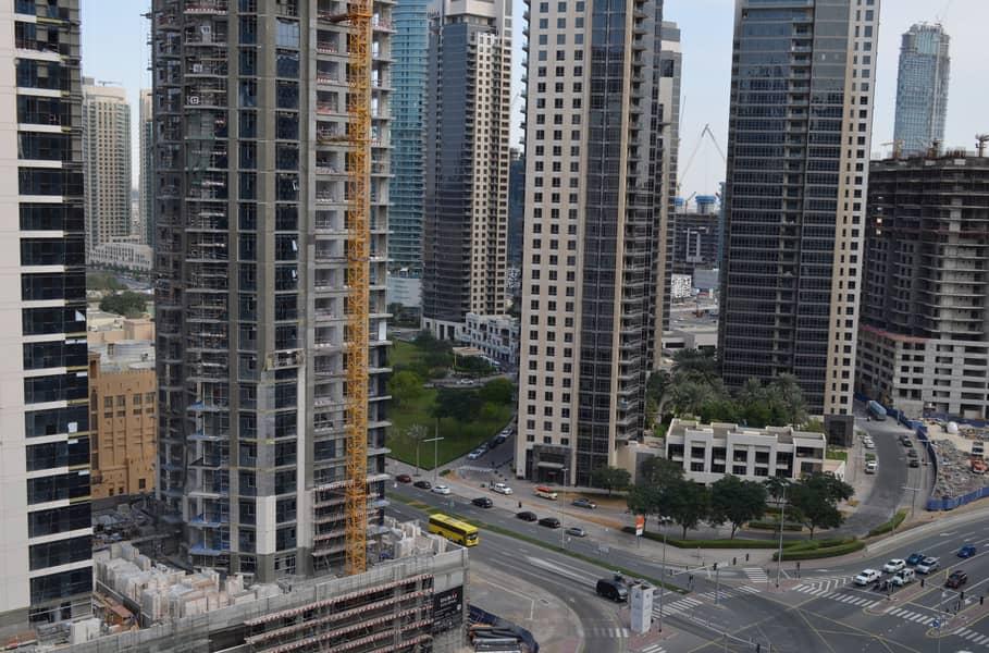 18 Near Burj Khalifa New Building with Kitchen Appliances