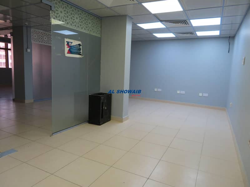 1100 Sq ft office space opp HSBC bank Burdubai