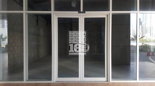 Shop for Rent in Business Bay, Dubai - Road Facing | Multiple Chqs | 3 Month Free