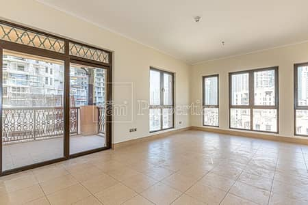 3 Bedroom Apartment for Rent in Old Town, Dubai - Miska 4 | Spacious 3BR Unit | Good View